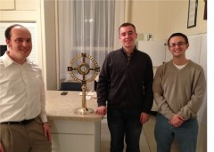 Seminarians w Monstrance